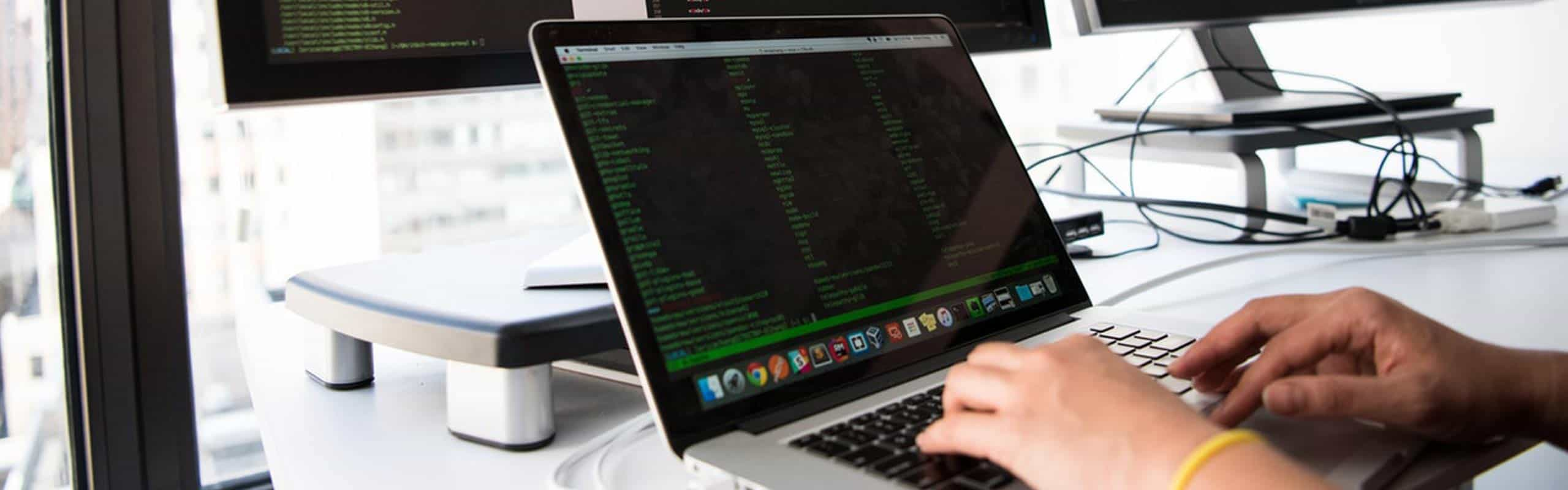 Descubre el programador web y sus funciones